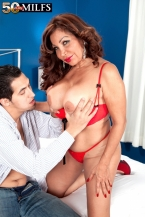 A big-assed Latina with greater than run of the mill love bubbles and dick-sucking lips