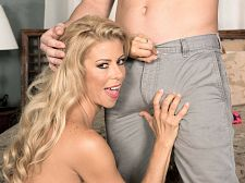 Alexis Fawx and the luckiest guy in the universe