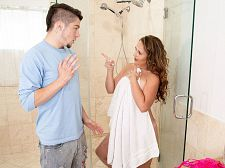 Brandii takes a shower with her son's superlatively valuable friend