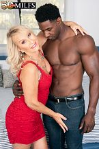 Sandy Pierce bonks a bigger than typical, dark cock
